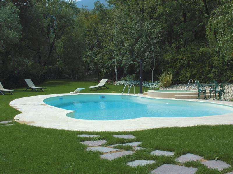 piscina-a-skimmer6