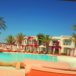 piscina-sopraelevata-residence