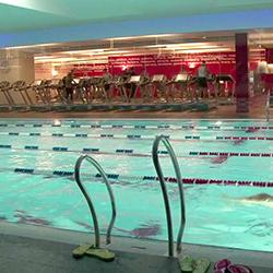 piscina-sopraelevata-villaggi-fitness